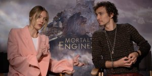 EXCL – Macchine Mortali: Leila George e Robert Sheehan sul film e su… Bad Taste 2!