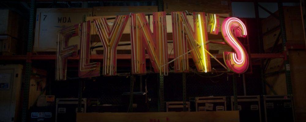 oggetti di scena tron insegna neon