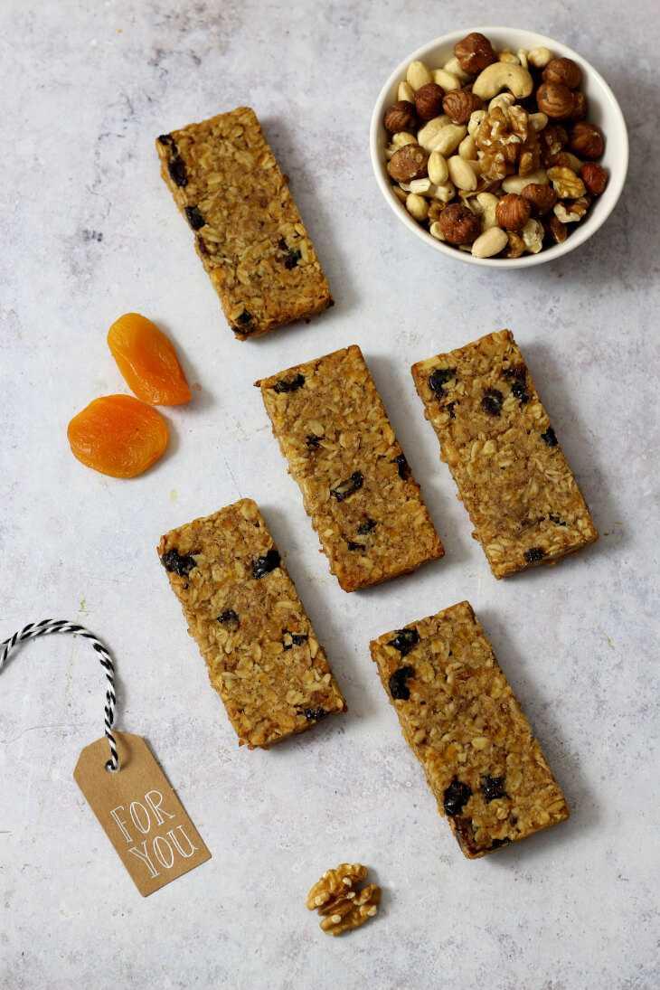 Gesunde Müsliriegel mit Walnuss | bäckerina.de