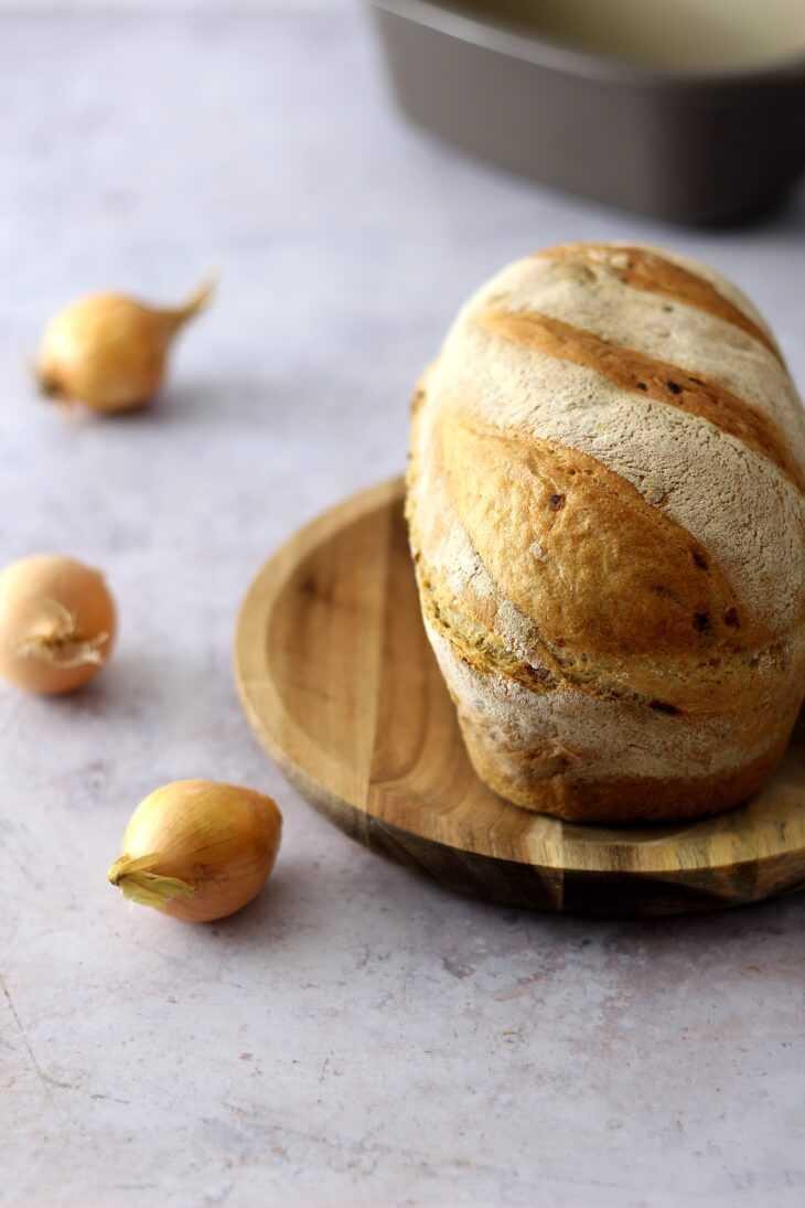 Kartoffelbrot Pampered Chef Rezept mit Röstzwiebeln | bäckerina.de