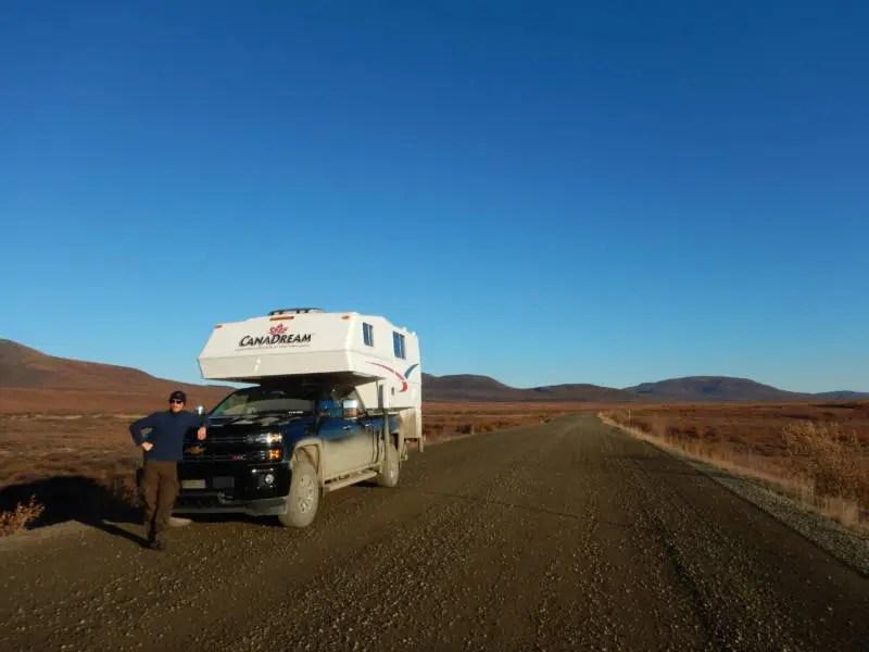 Ein Truck-Camper in Kanada auf dem Dempster Highway. Hier begann der Traum vom eigenem Camper.
