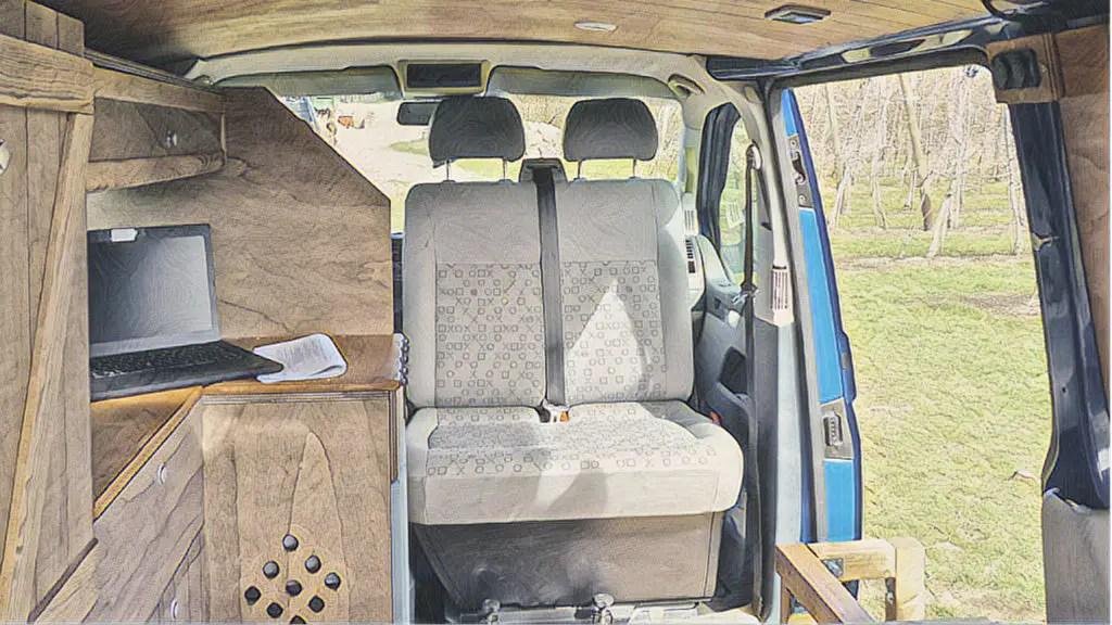 Drehkonsole für die Doppelsitzbank in den VW Bus selber einbauen