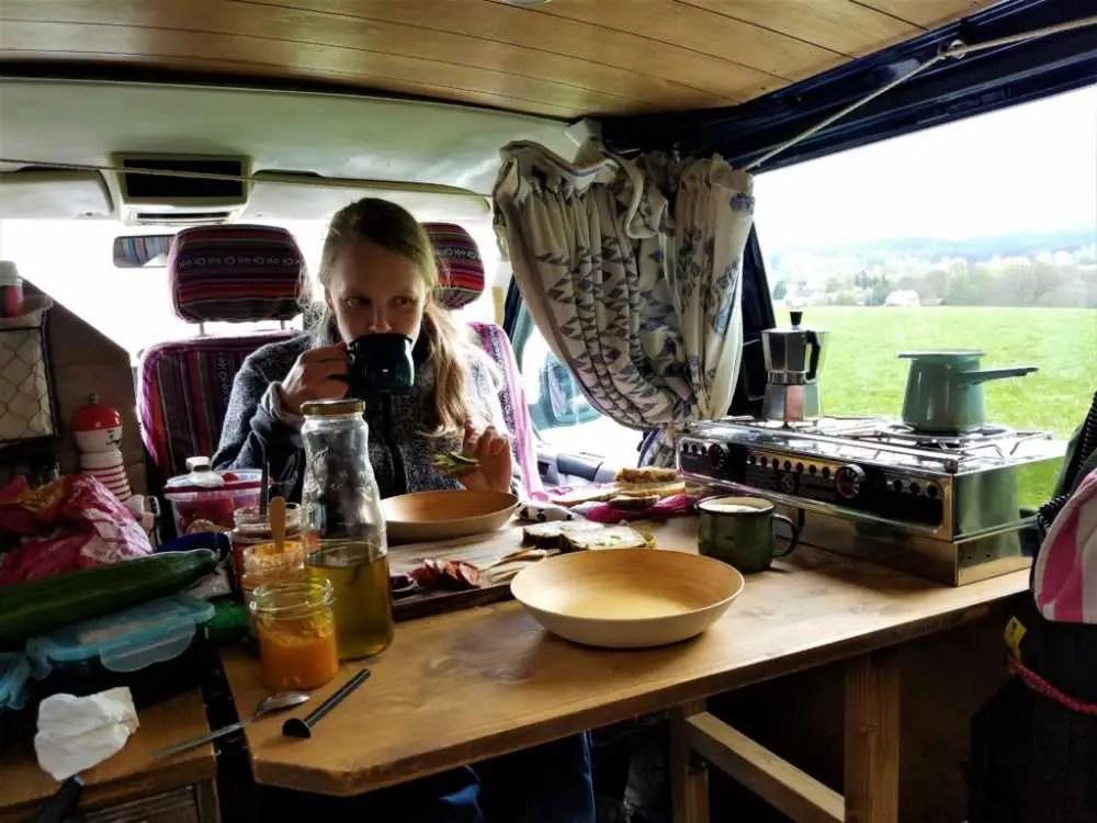 Leben in einem Camper. Wir reisen mit unserem selbst ausgebauten Camper durch den Norden Europas.