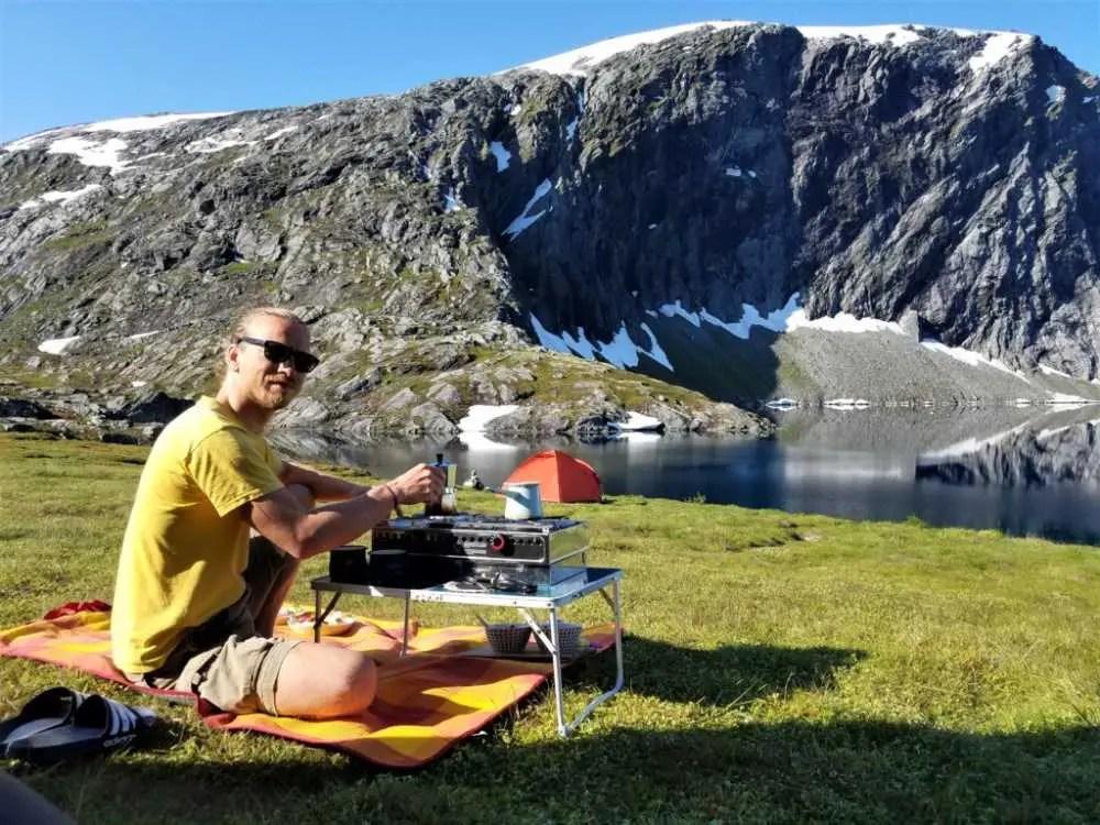 Frühstück in der Natur in Norwegen