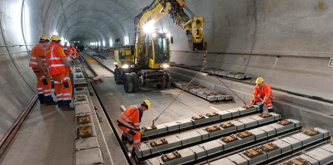 3023309_Gotthard-base-tunnel-construction-3to2