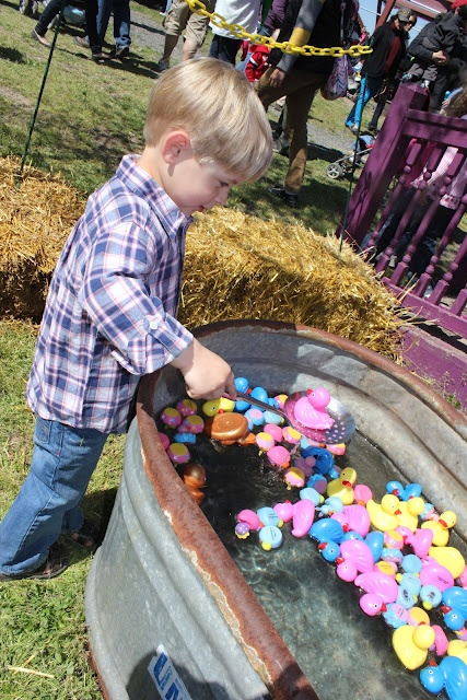 brincadeiras de pascoa pescaria de ovos