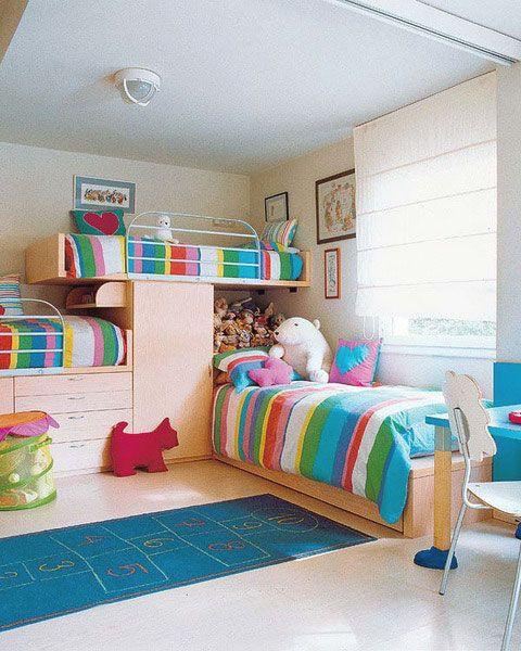 Decoração Um quarto para três irmãos Bagagem de  ~ Quarto Planejado Infantil Com Duas Camas