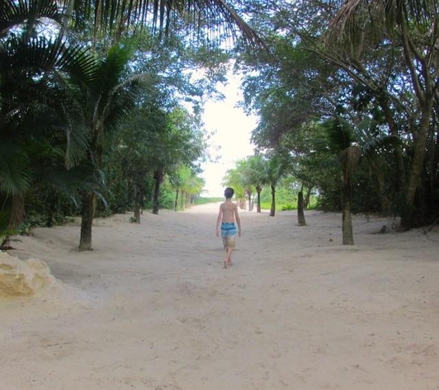 beach hotel cambury