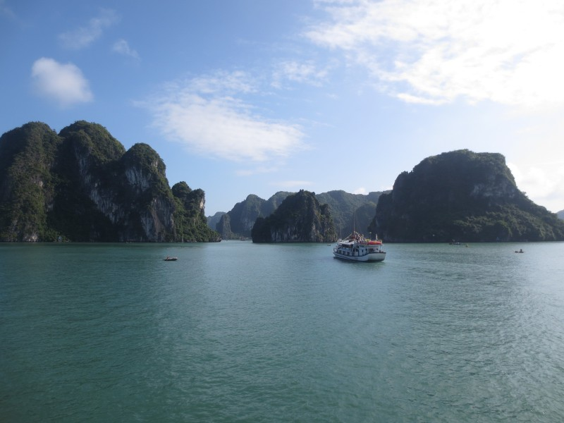 Ha Long Bay, Vietna