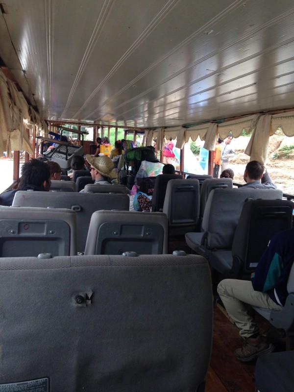 Barco de Luang Prabang para Pak Ben