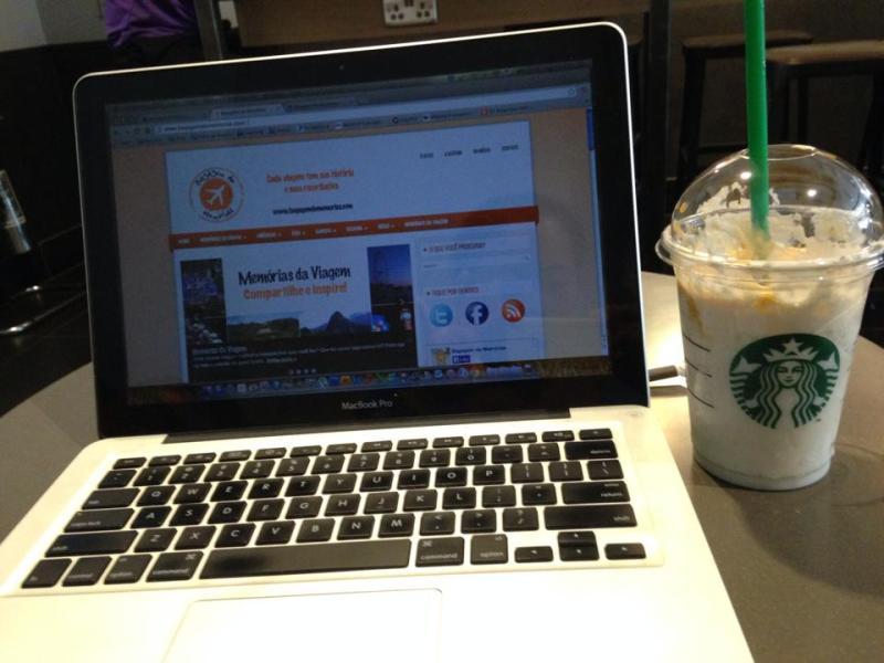 Do Brasil para Rússia: Viajando e blogando (com o blog ainda no layout antigo). Dá trabalho, mas vale cada segundo!