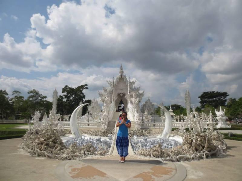Do Brasil para Rússia: Em um templo em Chiang Rai, no norte da Tailândia.