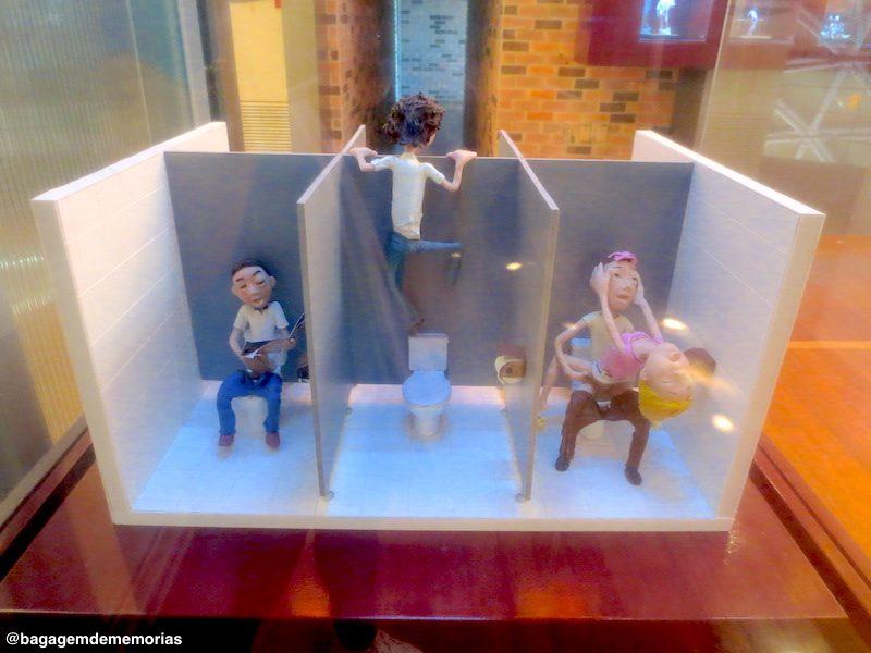 Maquetes e pequenos bonecos também têm seu lugar