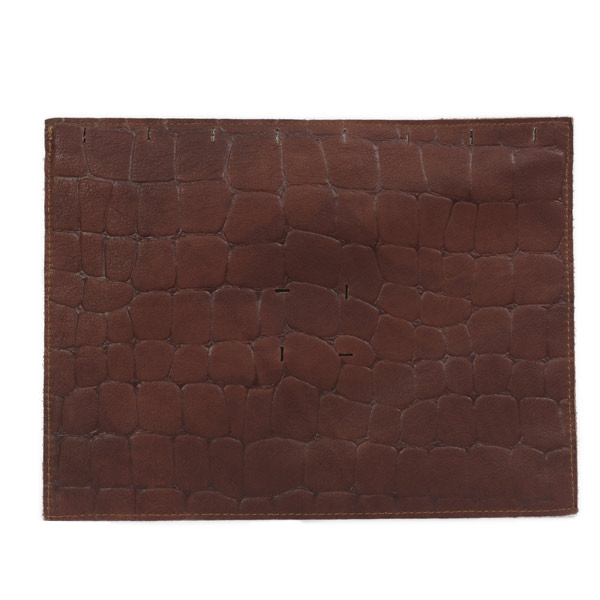 cuir-facon-croco-chocolat-BAGaSUTRA-RVF