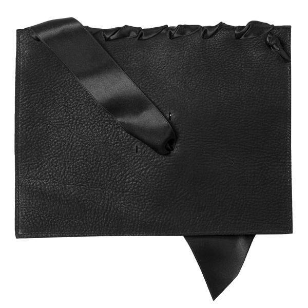 BAGaSUTRA-noeud-couture-cuir-satin-noir-verso