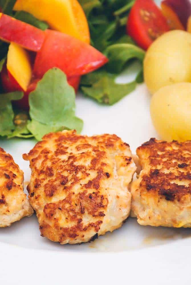 Kyllingefrikadeller opskrift fra Bageglad