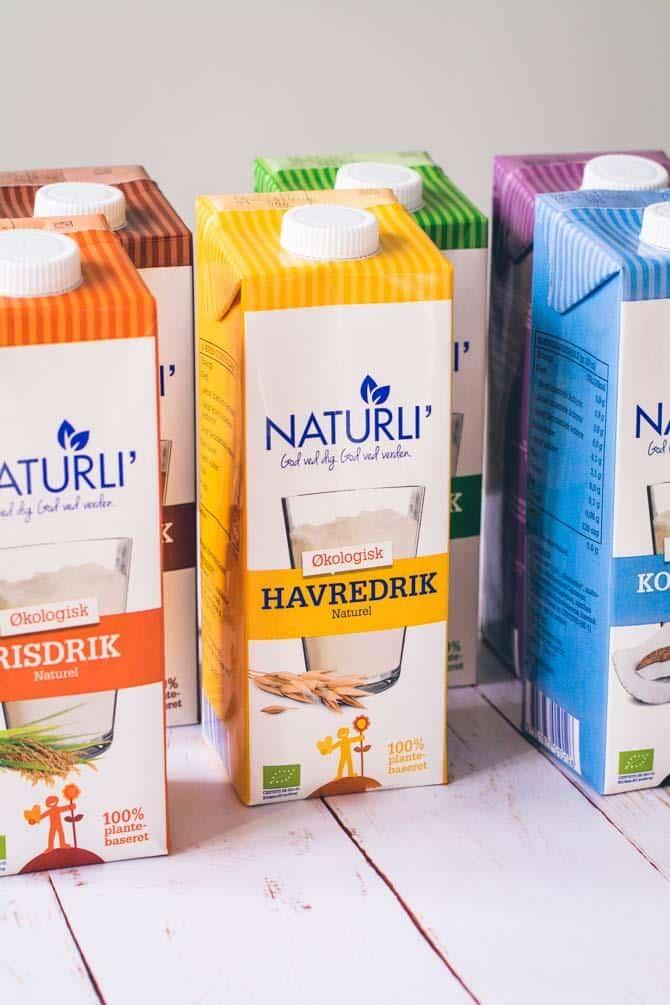 hvad består mælk af