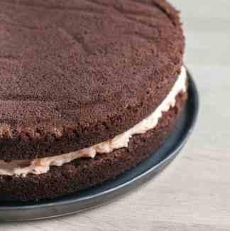Chokoladelagkage med glasur