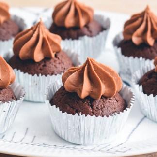 Chokolade frosting cupcakes
