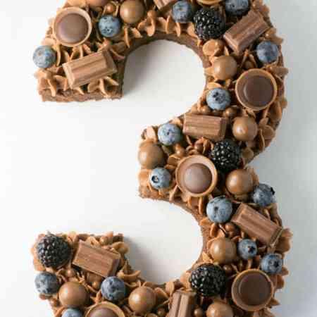 Tal kage med chokolade fra Bageglad
