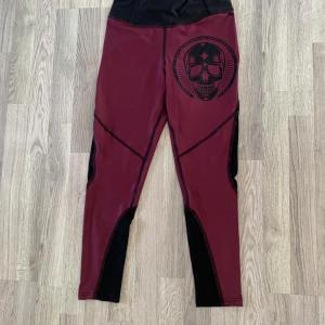 Northern Spirit leggings träningsbyxor strl S - Modell Wine