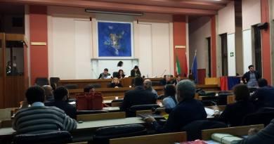 Mancanza di dialogo tra sindaco e consiglio comunale? Per l'opposizione il sindaco è distratto da processi e dalle prossime elezioni.