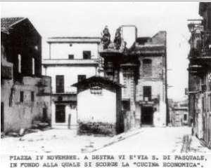 """Palazzo del Cav. Branciforti. Conosciuto come """"cucina economica"""""""