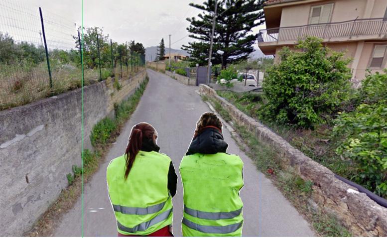 Giubbotti gialli e raccolta di firme in via Cotogni
