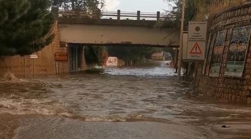 Forti piogge e allagamenti a Bagheria e Ficarazzi. Chiuso Corso Baldassare Scaduto