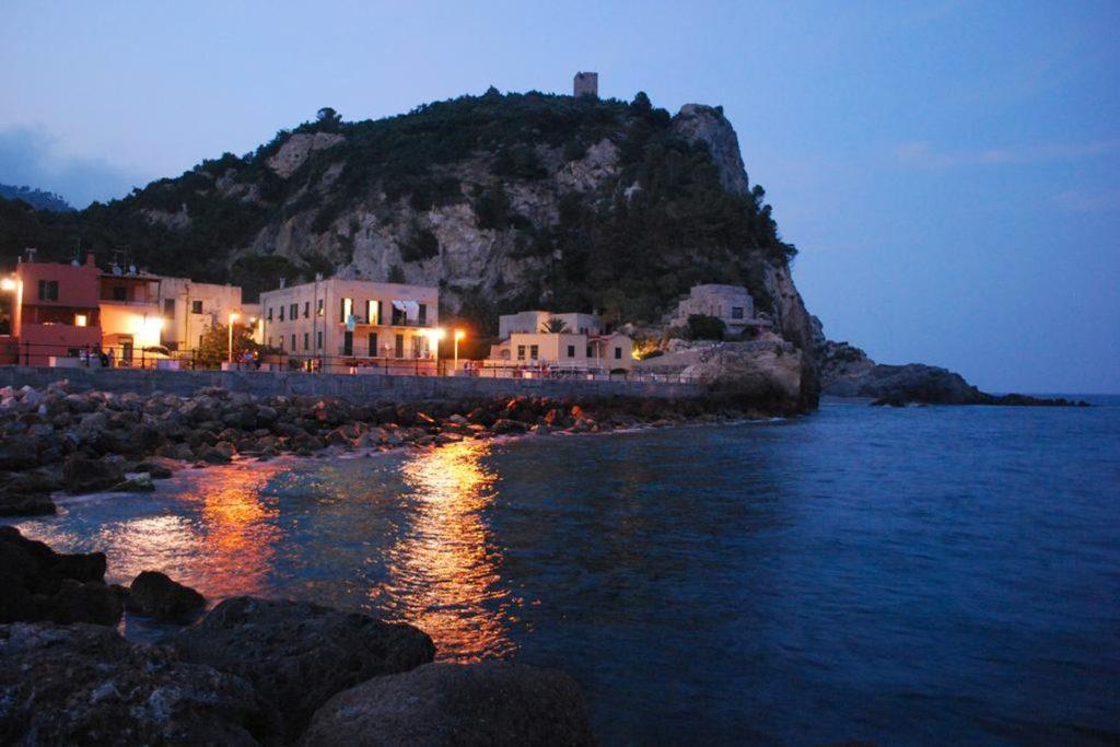Varigotti  Bagni Al Saraceno Residence