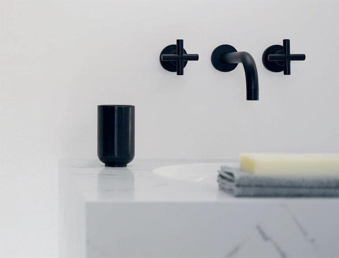 Rubinetteria da bagno tre fori da parete Tara  Dornbracht