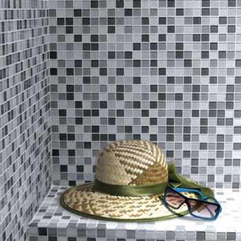 Come abbinare piastrelle e rivestimenti bagno mosaico