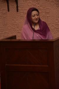Asiya Nasir, députée au Pakistan, s'adressant aux participants au rassemblement organisé la semaine dernière.