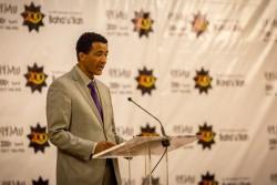 Le représentant de la CIB, Solomon Belay, prenant la parole à l'occasion du bicentenaire.