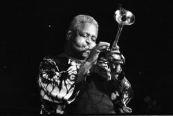 Le musicien renommé Dizzy Gillespie aurait eu 100 ans cette année