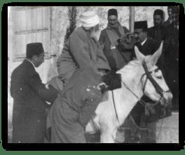 abdulbaha kiss hand donkey