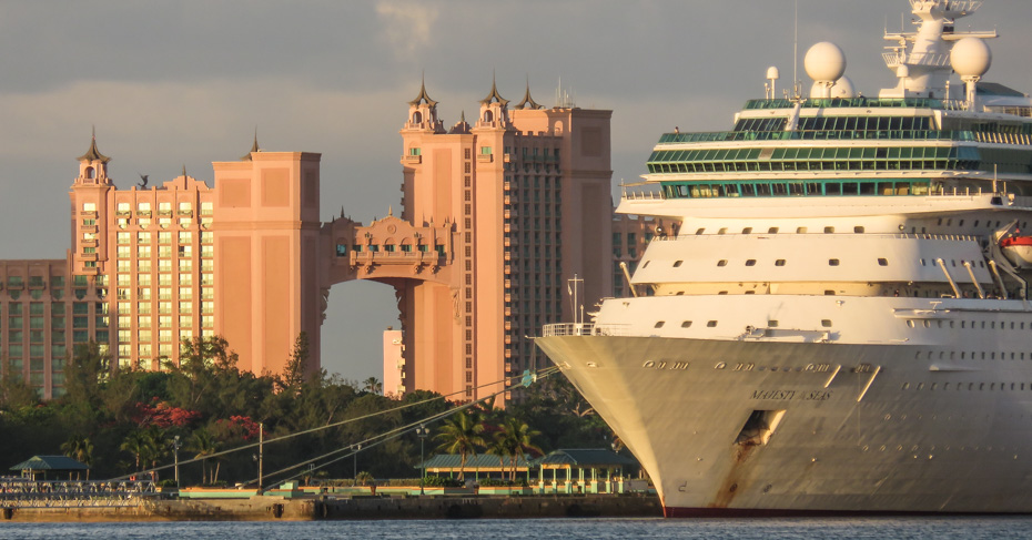 Things to do in Nassau Cruise Port and the Atlantis Bahamas on Paradise Island on New Providence Island Bahamas.
