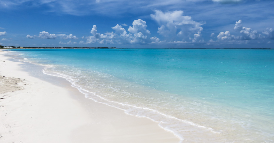 Best Bahamas Beach Treasure Cay Bahamas resort and beach. Treasure Cay flights with Bahamas Air Tours