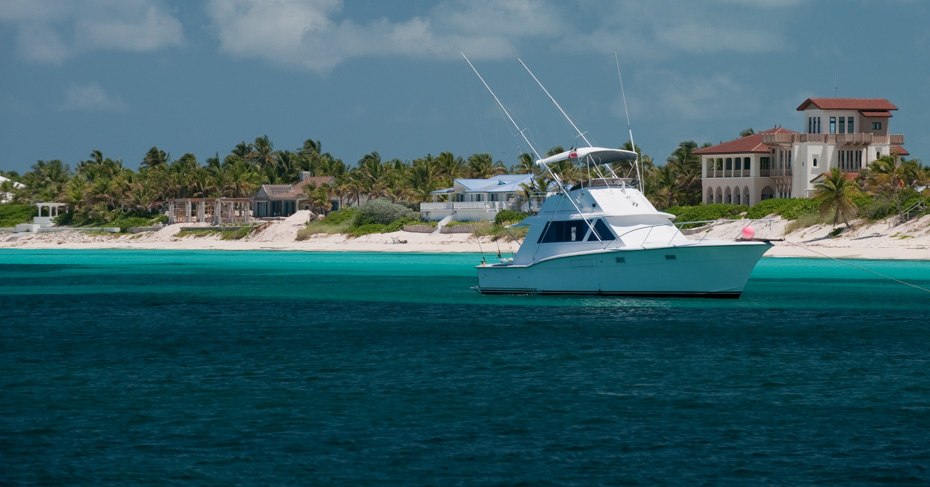 One day cruise to bimini Bahamas Explore the Bimini islands on a bimini cruise from Miamior take the ferry to bimini from fort lauderdale. Bahamas charter flights instead of the binimi ferry with Bahamas Air Tours