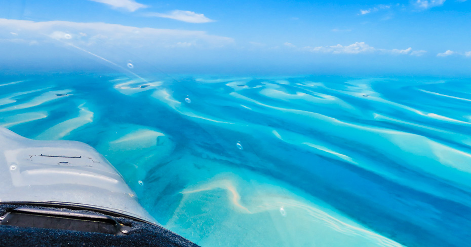 Orlando Day Trips to Bahamas Flights with Bahamas Air Tours and their unique Bahamas Air Charter Service from Florida to Bahamas. Enjoy the best of the Bahamas on a Bahamas Day Trip