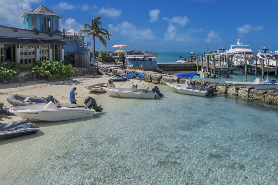 Staniel Cay Yacht Club Marina is the largest marina and dock on Staniel Cay in the Bahamas Exumas