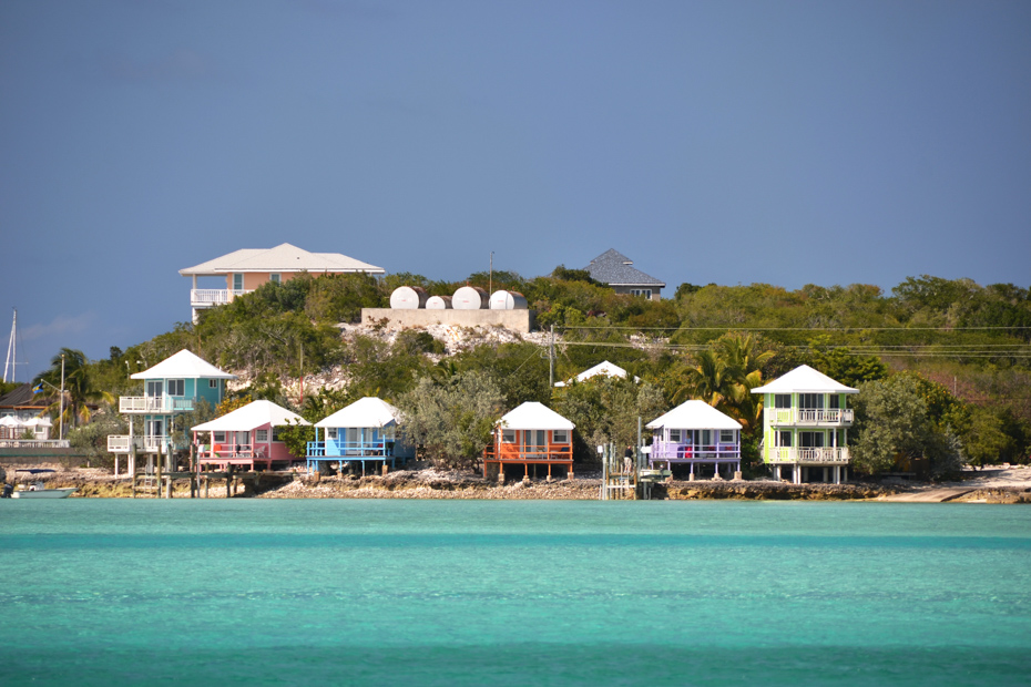 Step into another paradise on your Staniel Cay day tour. Staniel Cay Yacht Club is only one of the things to do in Staniel Cay.