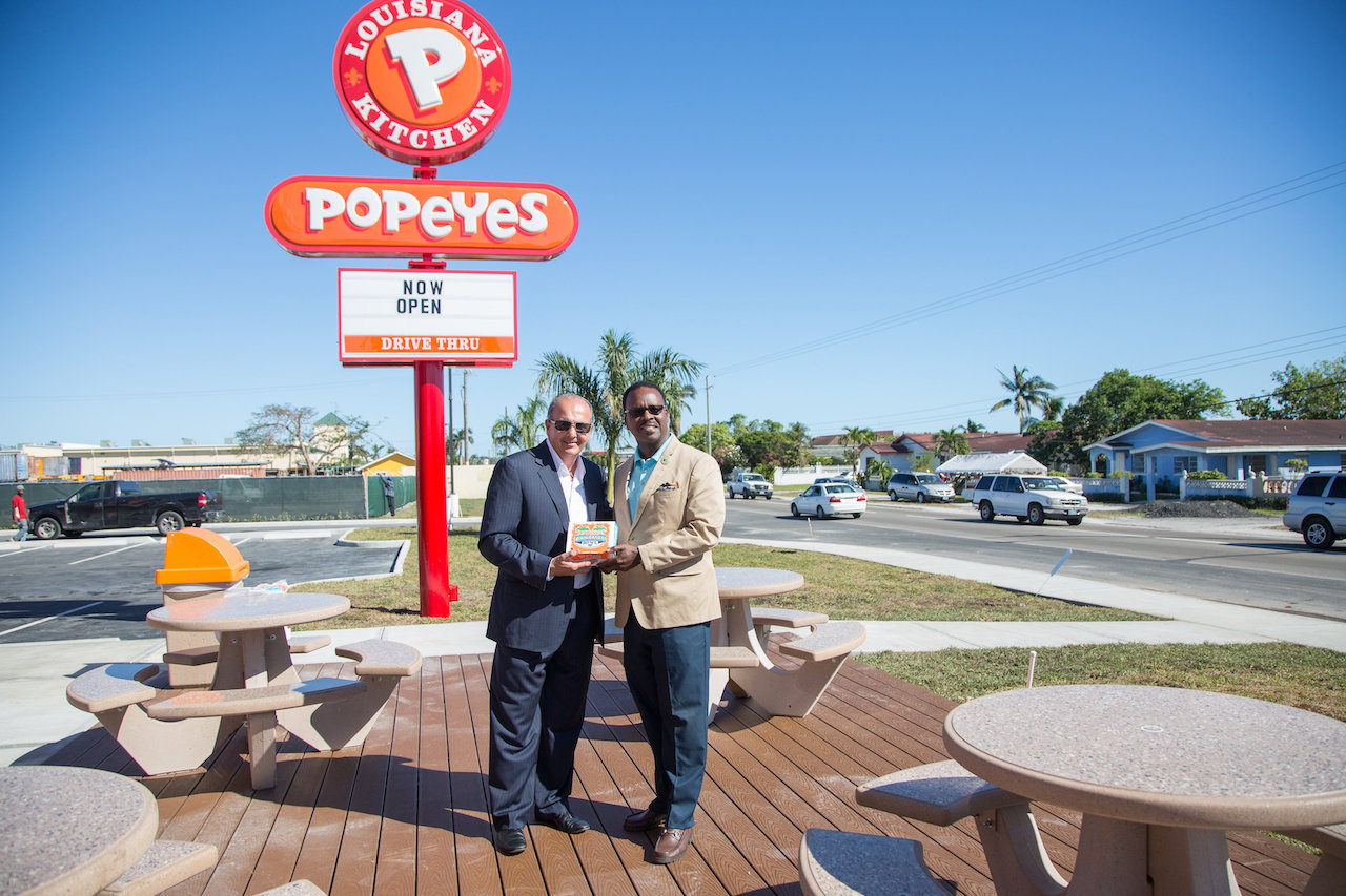Popeyes Opens Second Location In Carmichael Road Nassau
