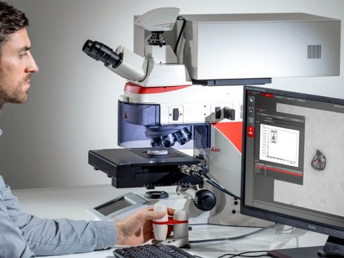 Vea la estructura con microscopía: conozca la composición con espectroscopía láser