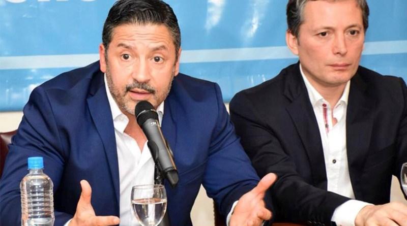 El PJ y el kirchnerismo de la provincia, recolectan firmas contra la reforma previsional