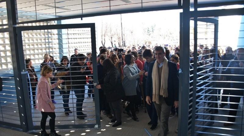 Durañona encabezó la inauguración del nuevo edificio secundario de la escuela municipal Manuel Belgrano