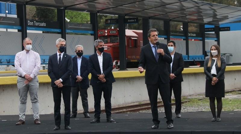 Massa y Meoni, inauguraron la renovada estación Don Torcuato