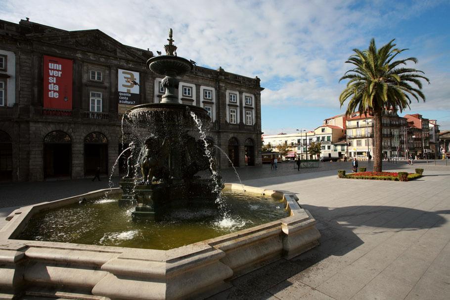 Praça-dos-Leões-6