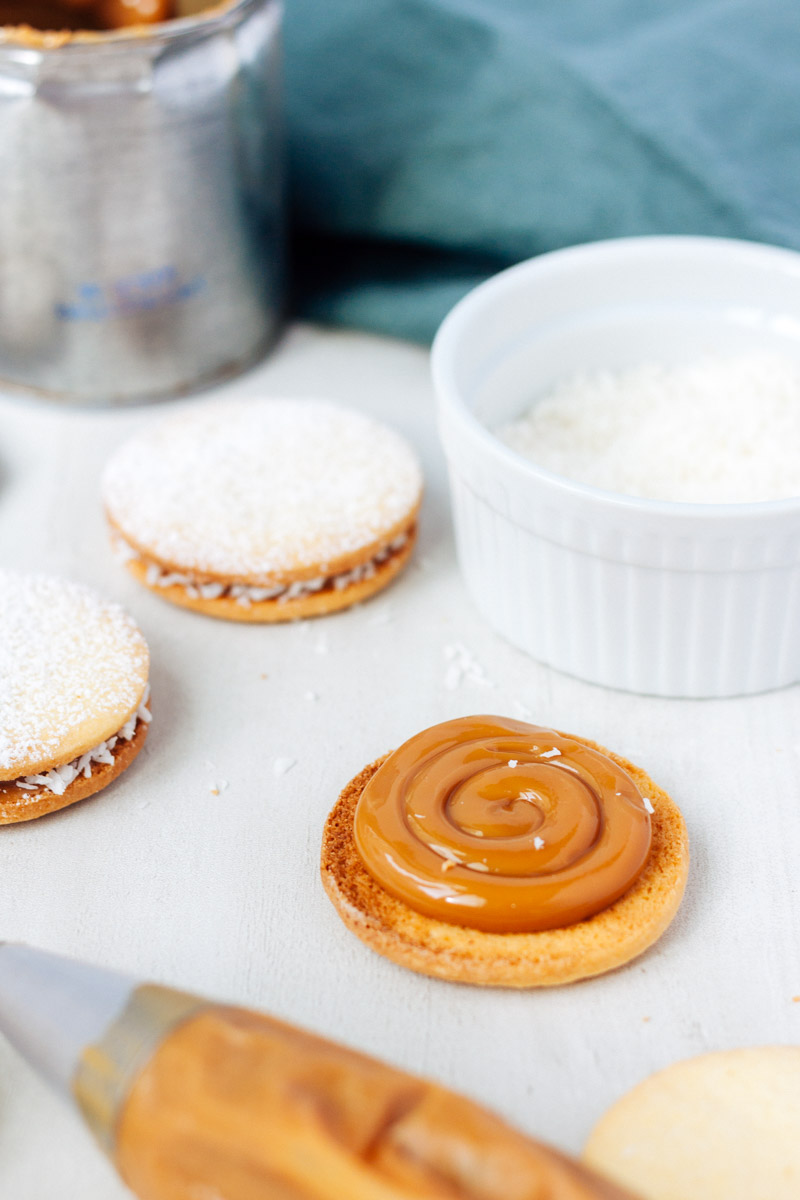 Athome De alfajores how to dulce de leche at home bake no