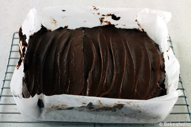 Banana Brownies with Chocolate Avocado Ganache //bakeaholic.ca